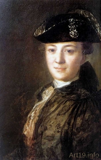 portret-neizvestnoi-v-treugolke