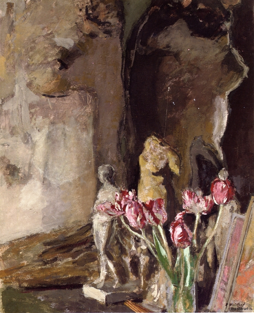 tulips-and-statuettes